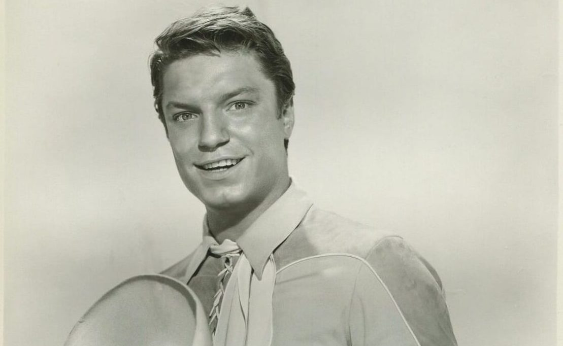 EVERY UK NUMBER ONE SONG: 'She Wears Red Feathers' - Guy Mitchell