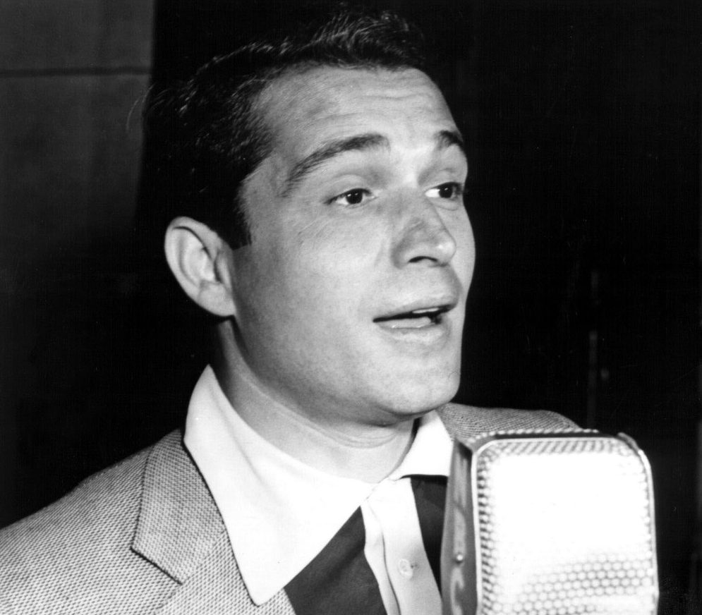 EVERY UK NUMBER ONE SONG: 'Don't Let The Stars Get In Your Eyes' - Perry Como