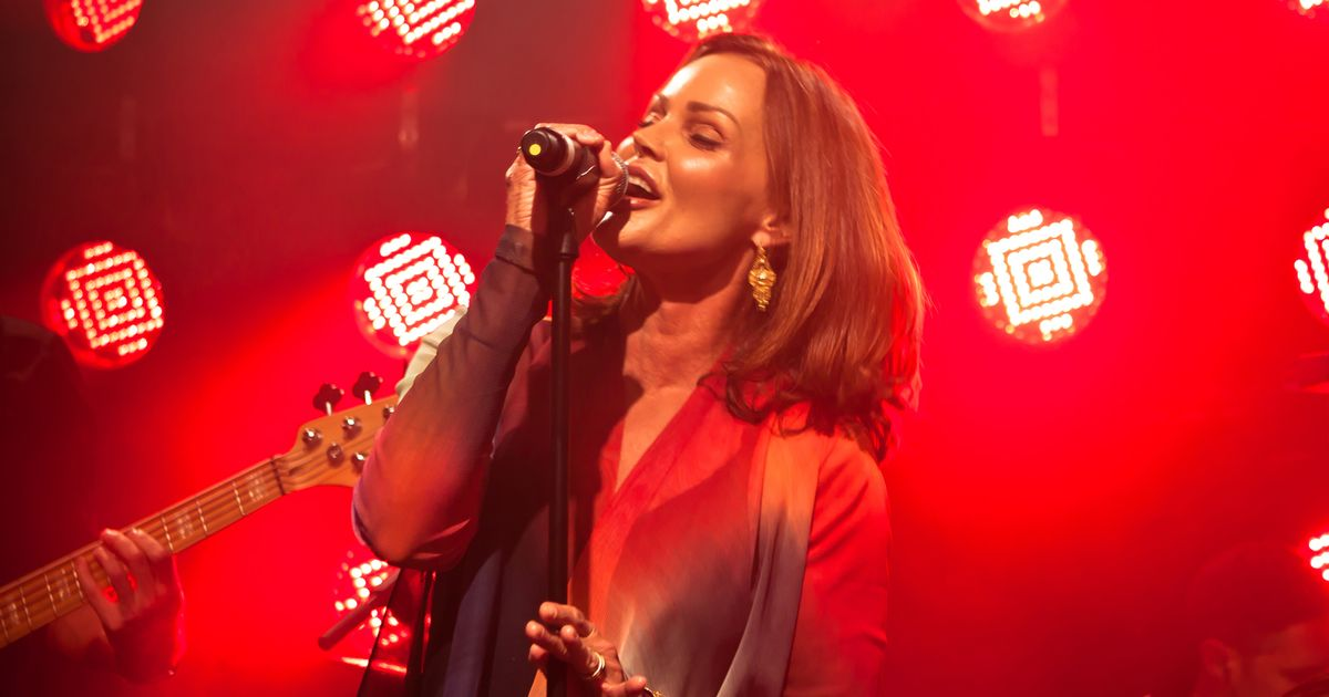 Belinda Live