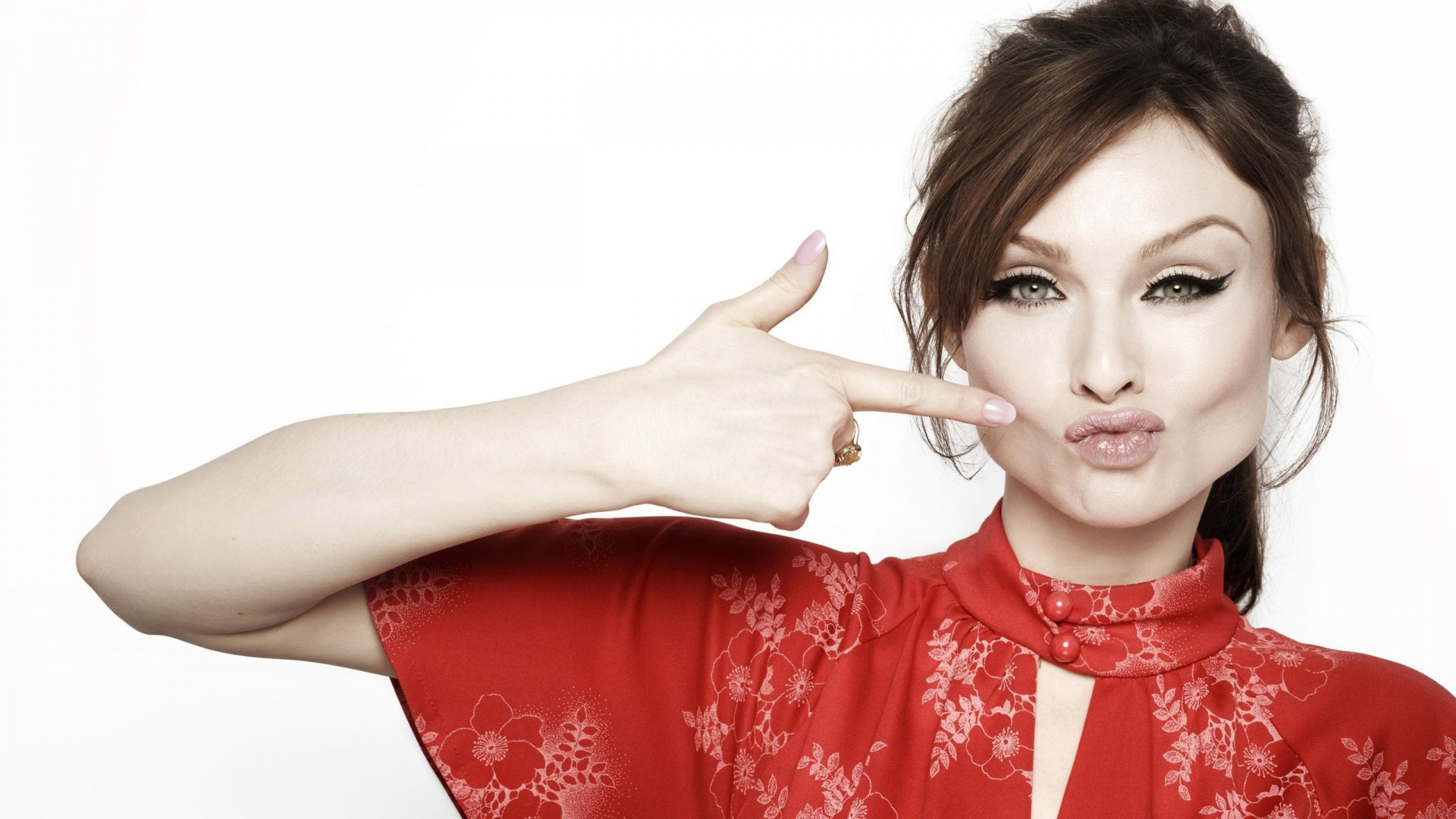 WHERE ARE THEY NOW? Sophie Ellis-Bextor – Talk About Pop Music