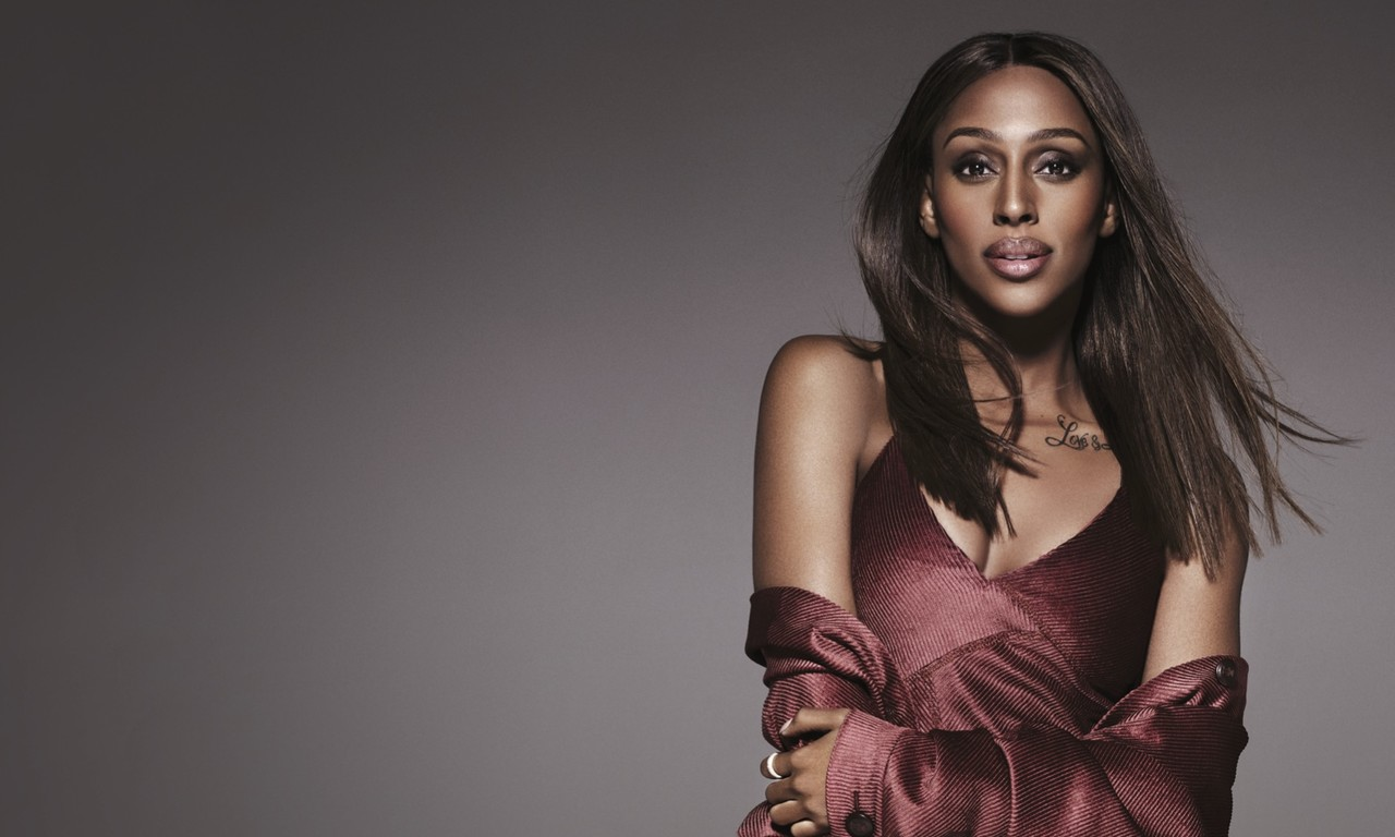 MUSICALS: From Chart Toppers to Show Stoppers - Alexandra Burke